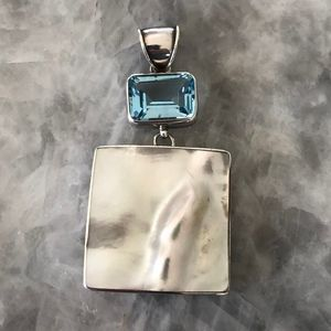 Mother of pearl and aquamarine style stone pendant